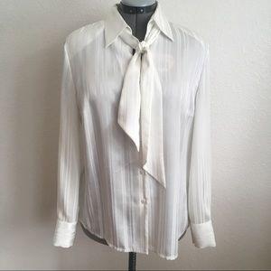 Women's Vintage Collared Delmod Long Sleeve Blouse